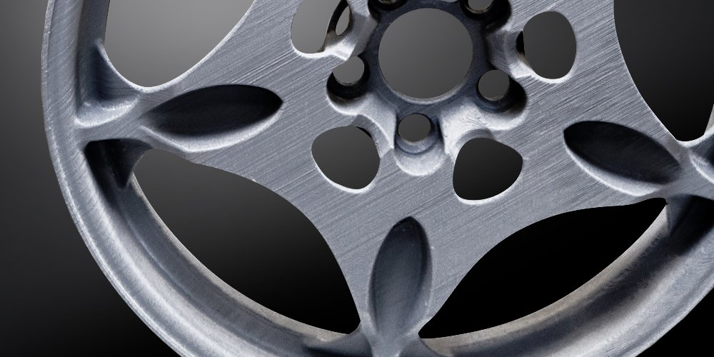 Light Vehicle Wheels by Maxion Wheels: The Alu TN weights only 6kg.